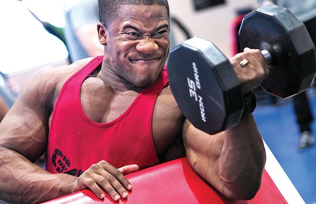 Build Muscles Without Steroids